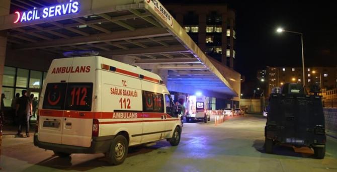Polise bombalı saldırı: 3 yaralı