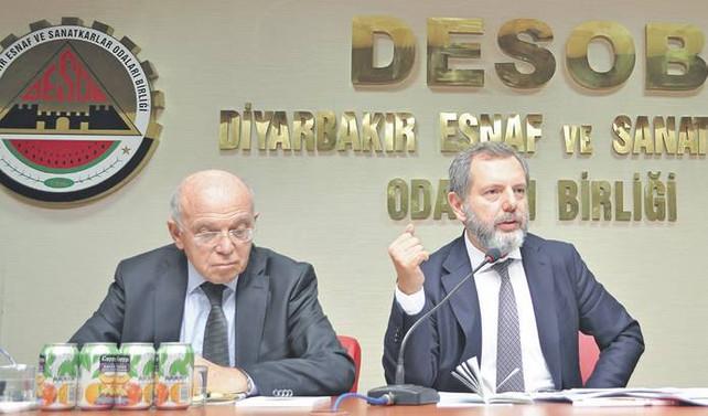 Başbakan, Diyarbakır'da heyecan yarattı 71 yatırımcı paketin yazılmasını bekliyor