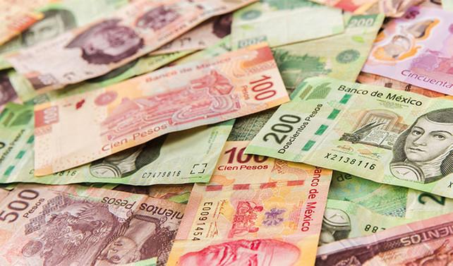 Peso, 'duvara' çarptı
