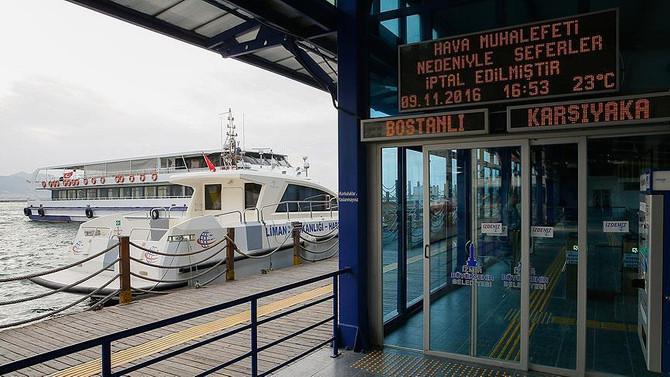 İzmir'de vapur ve feribot seferleri iptal