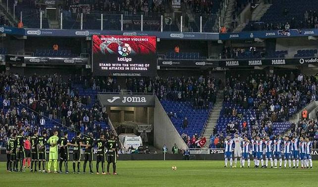La Liga maçı öncesi İstanbul'daki terör saldırısı kurbanları anıldı