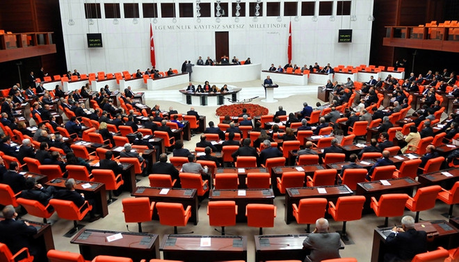 Anayasa teklifi komisyona sevk edildi