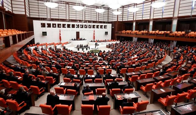 Meclis'te 'anayasa' mesaisi yapılacak