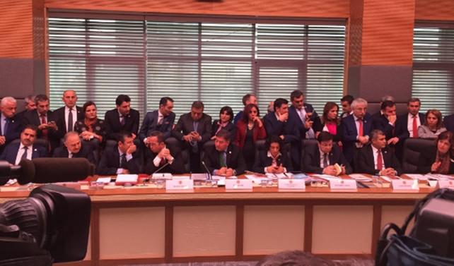 Anayasa değişikliği komisyonda