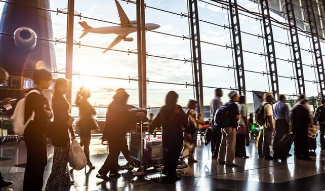 Rusya'da uçak bileti fiyatları düştü