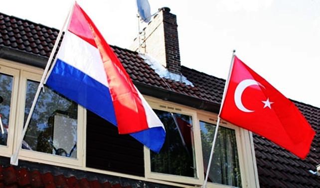 'Türkiye, Lahey'deki diplomatını geri çağırdı'