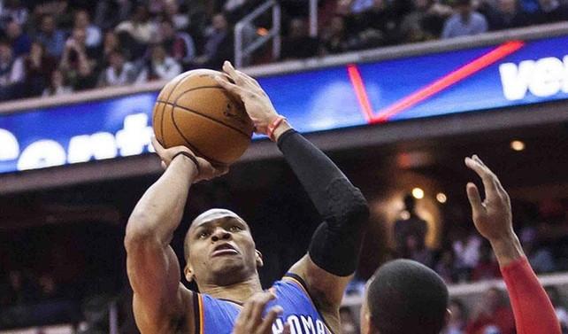 Thunder, Westbrook'un 42 sayısıyla kazandı