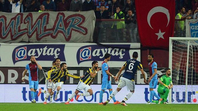 Hüseyin Avni Aker Stadı'nda tarihi maç