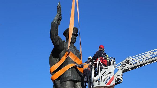 Rize Belediyesinden 'Atatürk heykeli' açıklaması