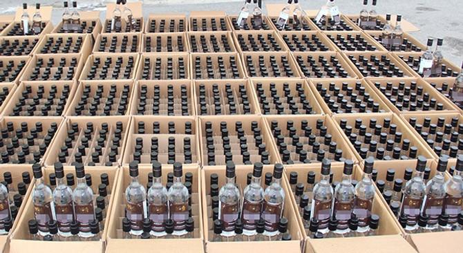 Kaçak içkiye yılbaşı baskını