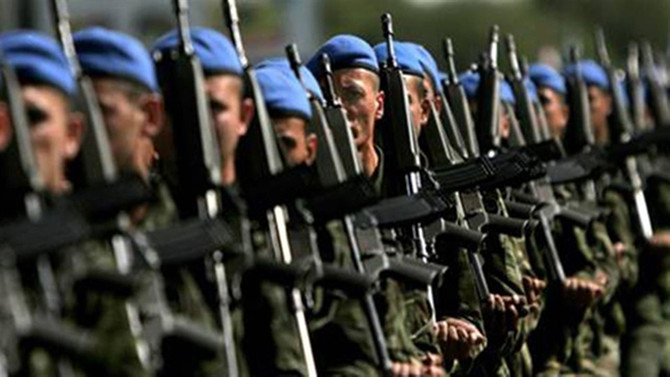 'Bedelli askerlik gündemde yok'