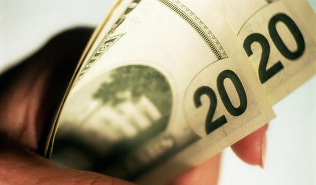 Doları enflasyon frenledi