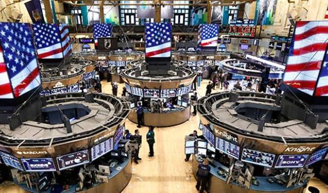 Dow Jones'ta rekor üstüne rekor