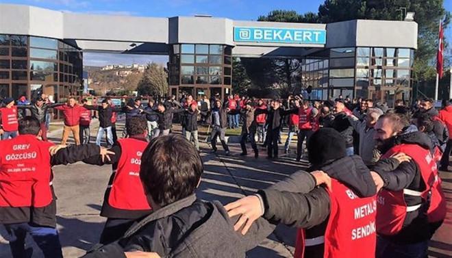 Bekaert'te işçiler greve çıktı
