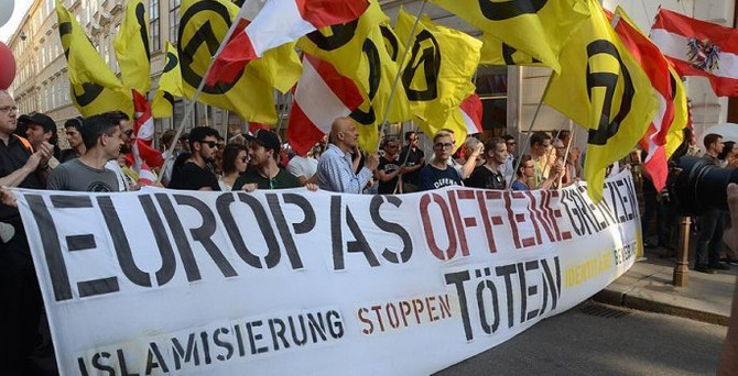 Avusturya'da 'İslamlaşma' karşıtı eylem