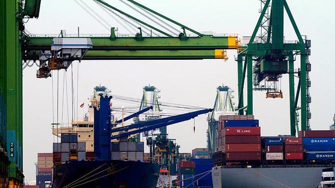 Dış ticaret açığı temmuzda  4.8 milyar dolara geriledi