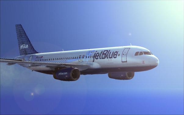 55 yıl sonra ABD'den Küba'ya ilk tarifeli uçak indi
