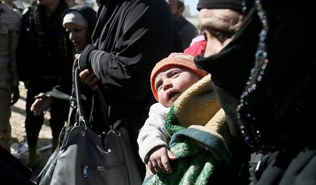 Musul'da 2,5 ayda 145 bin kişi evini terk etti