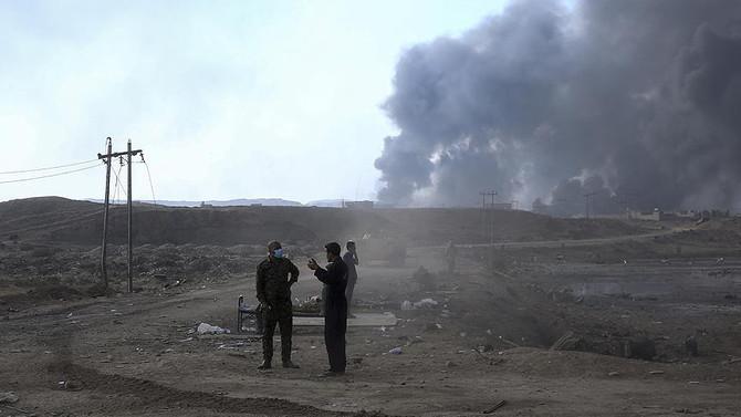 DEAŞ'ın ateşe verdiği 16 petrol kuyusu söndürüldü