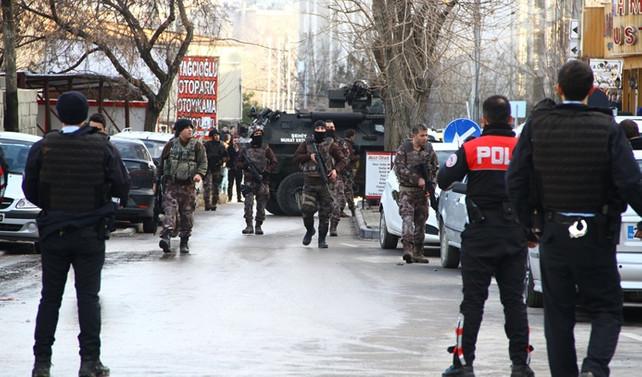 Gaziantep'te polise ikinci saldırı