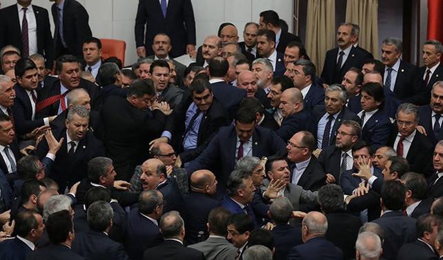 Meclis'te arbede yaşandı