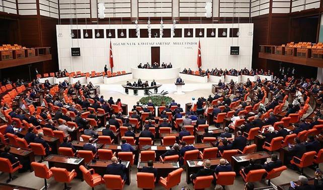Anayasa değişikliği teklifinin dördüncü maddesi 342 oyla kabul edildi