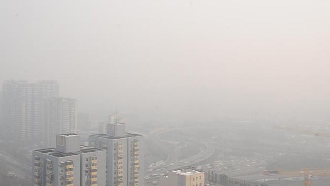 Çin'de hava kirliliği ulaşımı olumsuz etkiledi
