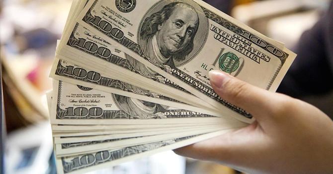 Dolar 3.80'in altına indi