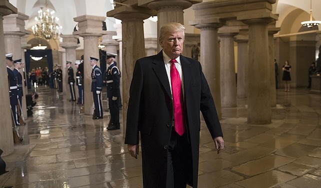 Trump'ın ilk ziyareti CIA'ye