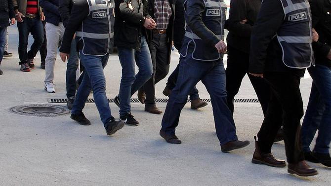 İki ilde terör operasyonu: 10 kişi tutuklandı