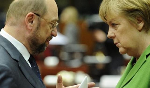 Schulz ve Merkel'e destek aynı seviyede