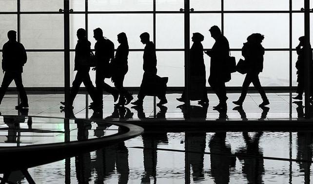 Trump imzası sonrası iki Iraklıya Havalimanı'nda gözaltı
