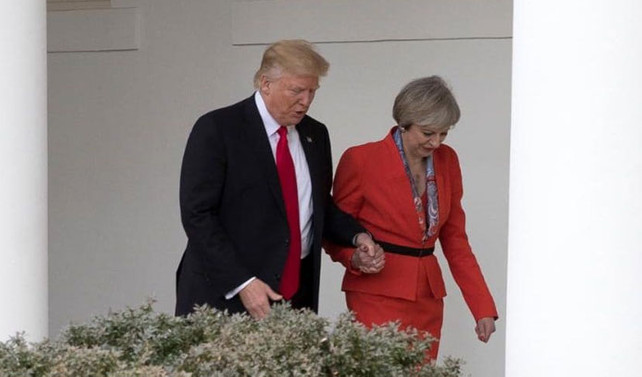 İngiltere'de Trump'a karşı 1 milyon imza