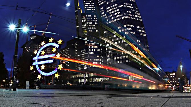 Euro Bölgesi büyümede ABD'yi solladı