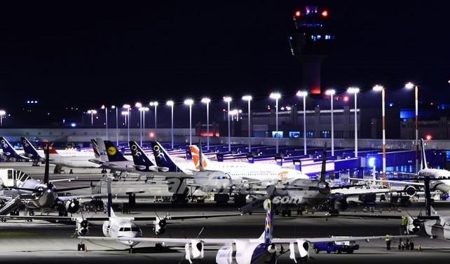 Türkiye'deki olaylar Atina Havaalanına rekor kırdırdı