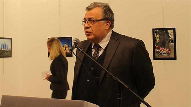 Rus Büyükelçi'nin adı sergi salonunda yaşatılacak