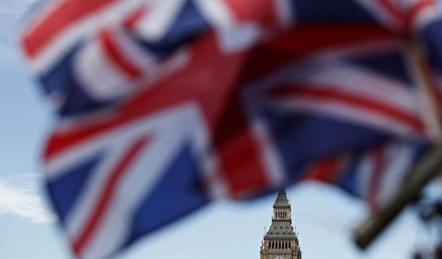 İngiltere imalat sektöründe büyüme beklentileri aştı