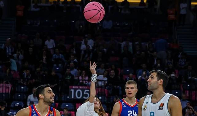 İlk maçta Pembe top ile hava atışı