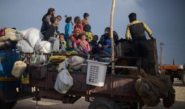 Rakka ve Deyrizor'dan 370 bin sivil göç etti