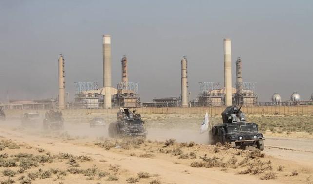 Irak ordusu Kerkük valilik binasında