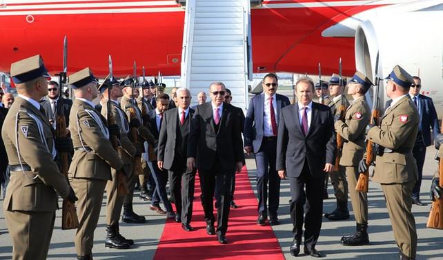 Cumhurbaşkanı Erdoğan Polonya'da