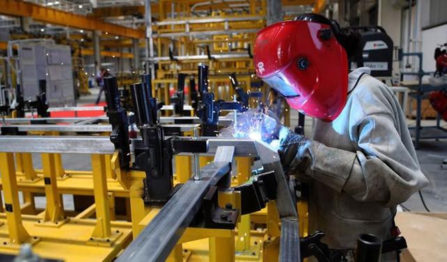 ABD'de sanayi üretimi 3 ayın ilk yükselişini kaydetti
