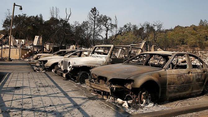 California'daki yangın 1 milyar dolara mal oldu