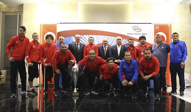 ATO'dan Ampute Milli Futbol Takımı'na ödül
