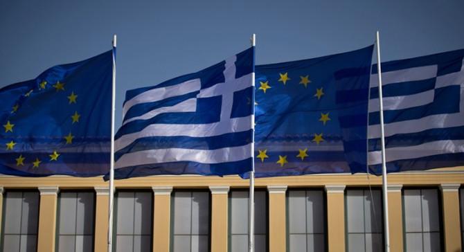 Yunanistan'ın nefes alması için vade uzatılmalı