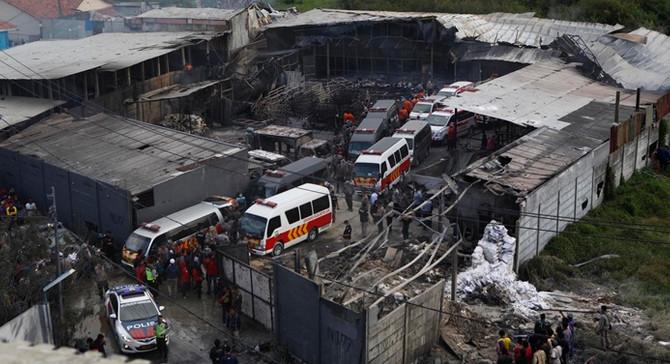 Endonezya'da havai fişek fabrikasında patlama: 47 ölü