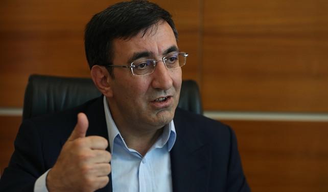 AK Parti 'halkın sevdiği yatırımları' analiz edecek
