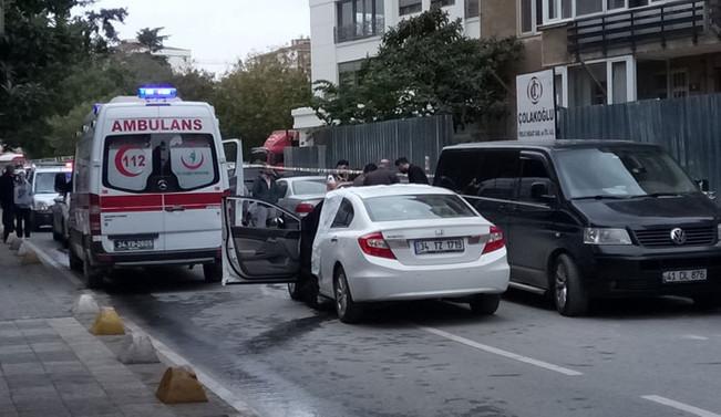 Kadıköy'de bir kadın aracında öldürüldü