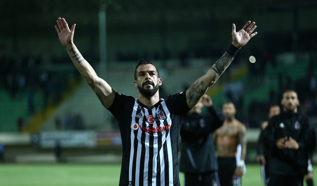 Beşiktaş, Alanyaspor'u deplasmanda devirdi