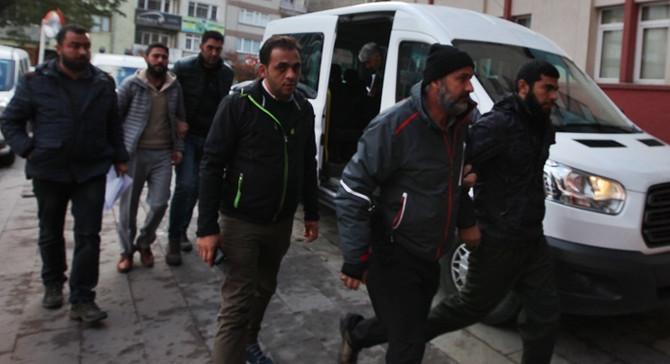 3 ilde DEAŞ operasyonu: 71 gözaltı